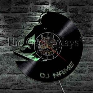 Image 3 - 1 חתיכה DJ אישית מותאם אישית שם ויניל שיא קיר שעון מודרני מנורת קיר שעון LED לילה אור רוק N Roll עבור DJ מתנה
