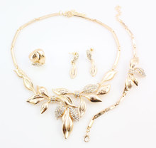 Unique Design African Fashion Costume Rhinestone Leaves Shap Necklace Sets Gold Color Wedding Bridal Costume Jewelry Sets