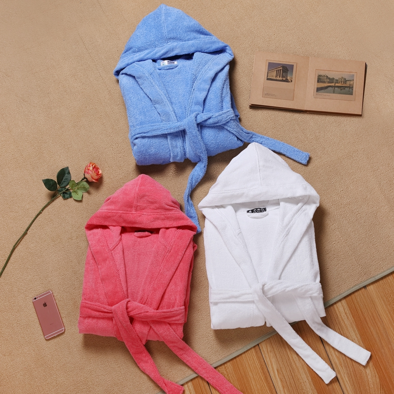 Women's Hooded Bathrobe Thick Soft Towel Fleece Warm Long Bathrobe Kimono Sleepwear Nightgown Winter Spa Robe With Pocket