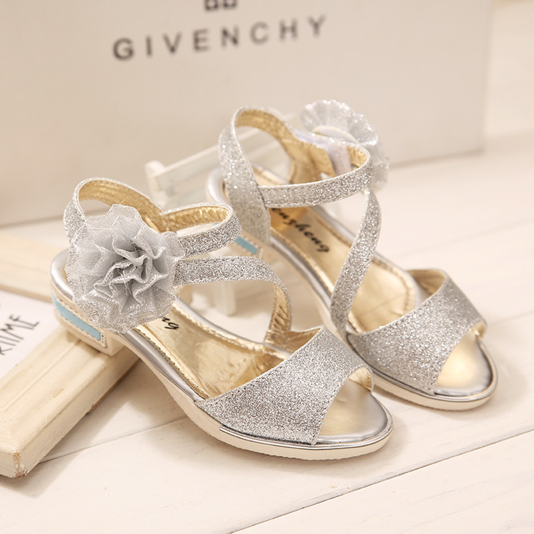 d46a486cbac Girls Silver Leather Sandals Flower Shining Children Baby Golden Schuhe  Soft Summer Kid Crystal Shoe Girl Silver Leather Sandals-in Sandals from  Mother ...