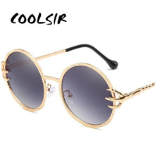 COOLSIR Skull Claw Round Sunglasses for Women Fishion 2019 Trending Product Gothic Sun Glasses Gold Metal Frame Shades