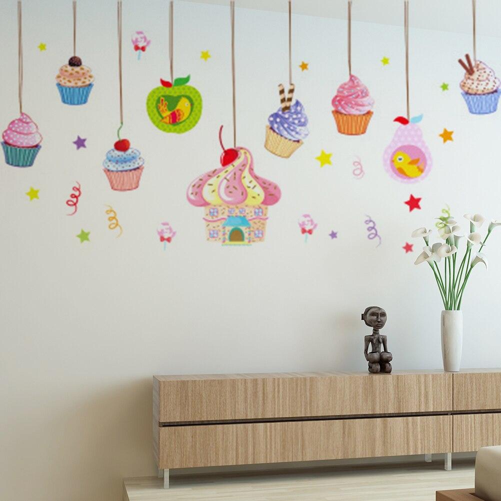 поздравление с днем рождения украшение на стену