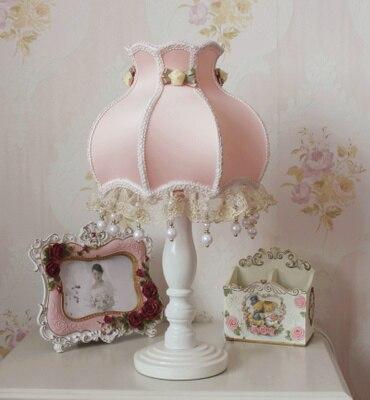 € 35.65 12% de réduction|41 cm de haut petite taille lampes de Table Style  européen dentelle mariage lampe de jardin tissu exquis romantique coréen ...