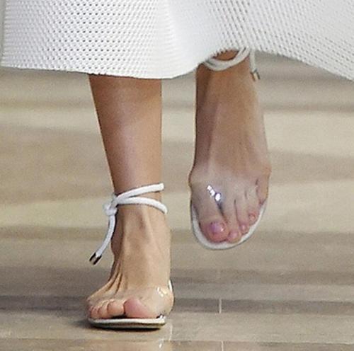 все цены на US4-10 Women Open Toe Ankle Strap Clear Transparent Flats Sandals Shoes Gladiator Roman