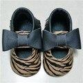 Nueva llegada Del Verano Del Leopardo Vestido Recién Nacido Niñas Mary jane Zapatos de Bebé Mocasines de cuero genuino Zapatos de Suela Suave zapatos de Los Niños