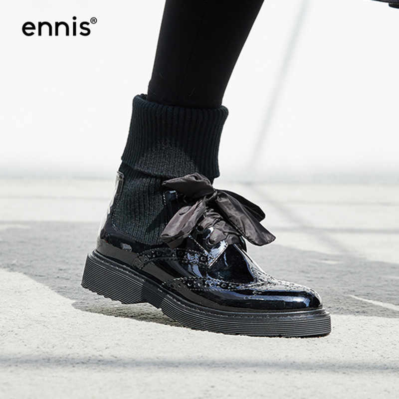6e05f537e5db ENNIS 2018 Platform Winter Boots Women Lace Up Bullock Shoes Black Patent  Leather Ankle Boots Low