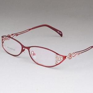Image 2 - BCLEAR женские деловые оправы для очков полые резные металлические полные оправы красивые модные ультралегкие очки из сплава Новинка