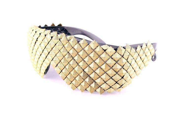 Oro plata Steampunk gafas de sol para mujeres de moda de lujo de los hombres gafas de sol pirámide fiesta celebridad gafas Hip Hop gótico