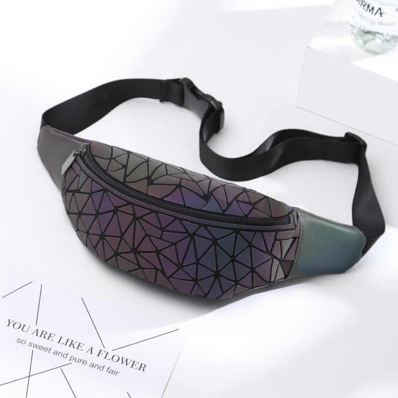 Riñoneras luminosas a la moda para mujer 2020, riñoneras de cuero de marca de lujo, bolso de pecho, riñoneras geométricas