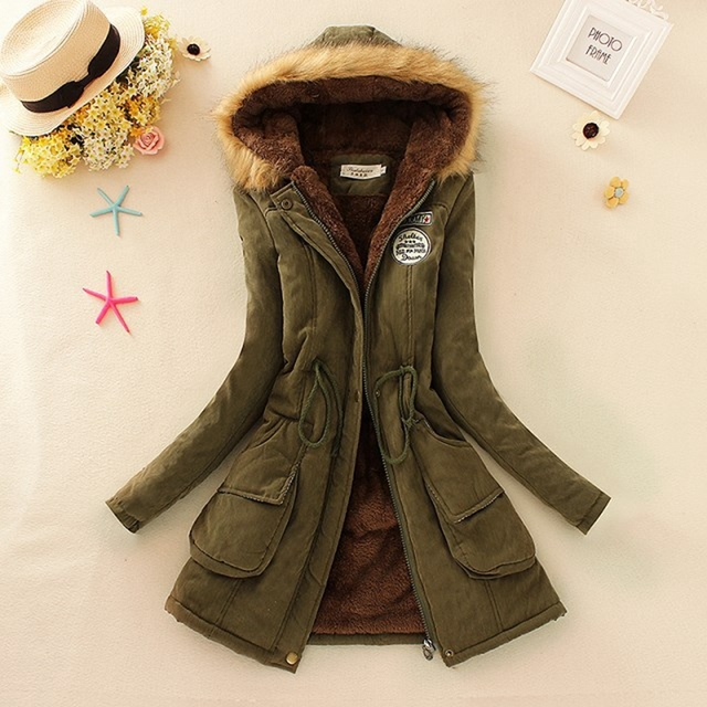 2018 Winter New Women's Military Chapter Hooded Fur Collar Waist And Velvet Thick Warm Long Cotton Coat