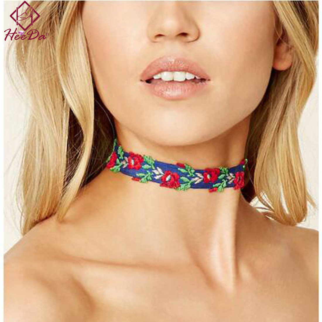 Heeda Women Retro Style Ethnic Embroidering Flower Necklace Jewelry 2017 New High-end Elegant Handcraft Woven Cloth Choker