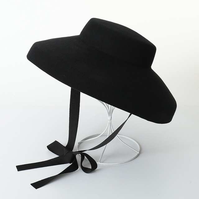 0ebf5253f9601 Women Classic Vintage Audrey Hepburn Big Black Wool FLOPPY HAT British  elegance Style of felt top hat with Arcuate Brim-in Fedoras from Apparel  Accessories ...