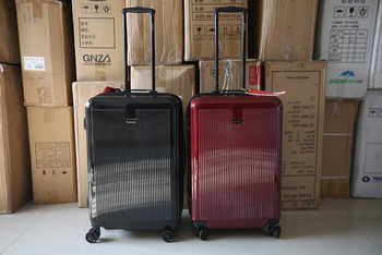 Stylish simplicity Large volume 20/24/28 inch size Ultralight high quality PC Rolling Luggage Spinner brand Travel Suitcase