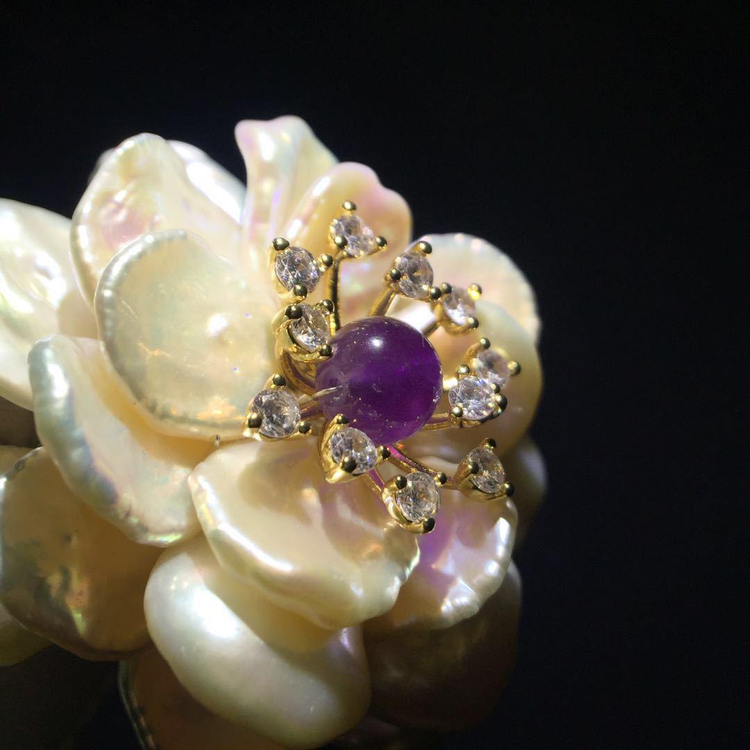 Original brooch natural baroque pearls natural brooch a full set of packaging