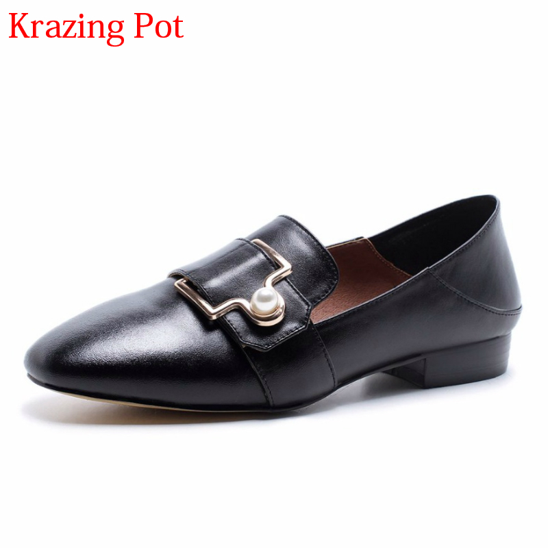2018 Fashion Genuine Leather Spring Shoes Pearl Buckle Women Pumps Slip on Low Heel Concise Office Lady Sweet Casual Shoes L17 festina часы festina 16321 2 коллекция milano