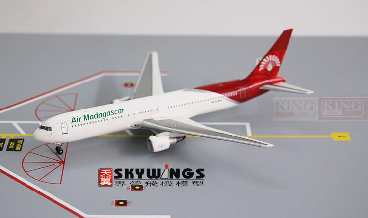цена Wings Dragon 55962 Madagascar 5R-MFG 1:400 B767-300ER aircraft commercial jetliners plane model hobby онлайн в 2017 году