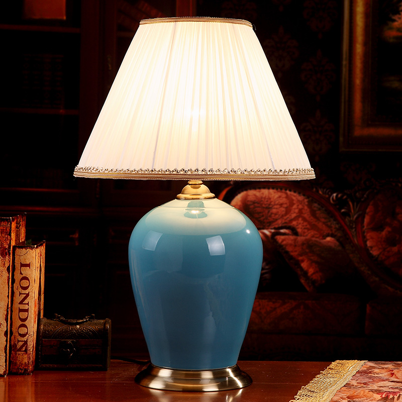 China Antique Living Room Vintage Table Lamp Porcelain Ceramic Table Lamp wedding decoration modern table lamp blue glazed table runner vintage blue and white porcelain pattern table cover