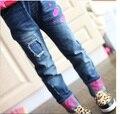 Детская одежда весна и осень девушки джинсы, Детские Письма узкие брюки детские брюки