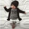 Muchachas de Los bebés Arropa los Sistemas Lettler Impreso Camisetas de Manga Larga + Pantalones A Rayas Trajes Recién Nacidos 2 Unids