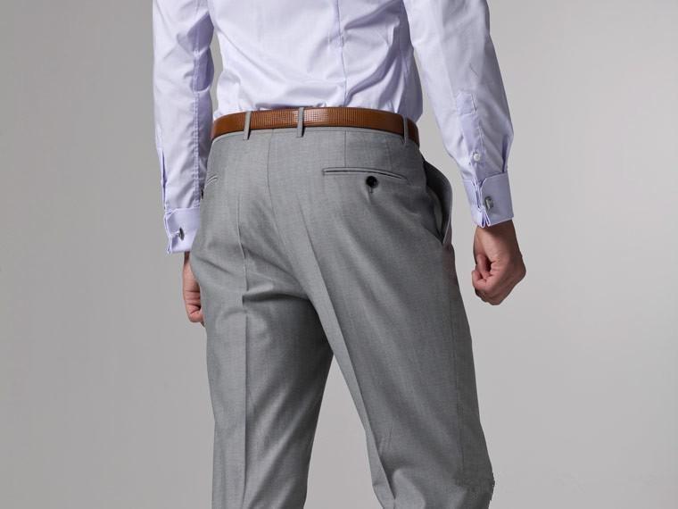 Trajes grises ligeros hechos a medida para hombre 723c30737ab