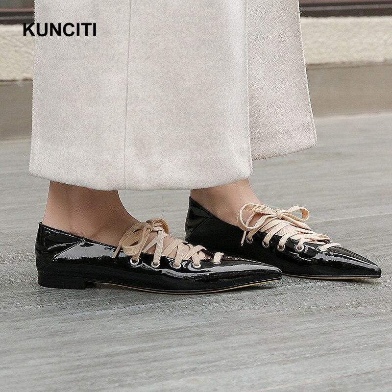 2019 ผู้หญิงหนัง Lace Up Designer รองเท้าแบนรองเท้าสไตล์อังกฤษสิทธิบัตรวัวหนังหนังนิ่มคุณภาพสูง F928-ใน รองเท้าส้นเตี้ยสตรี จาก รองเท้า บน   3