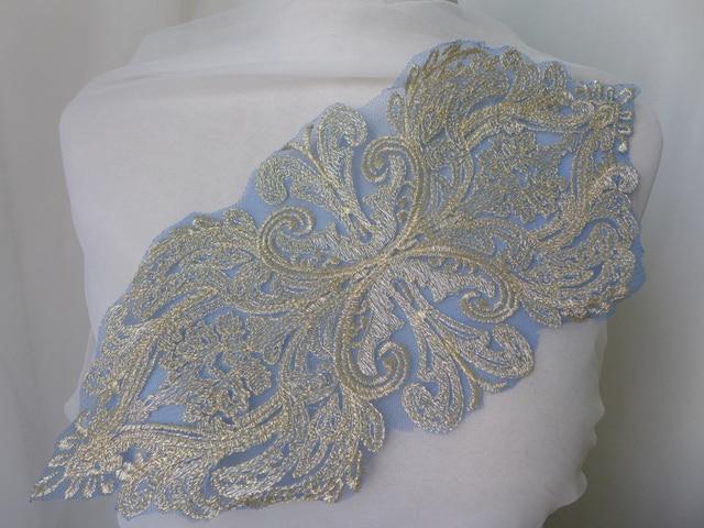 Lace appliqué blanket stitch