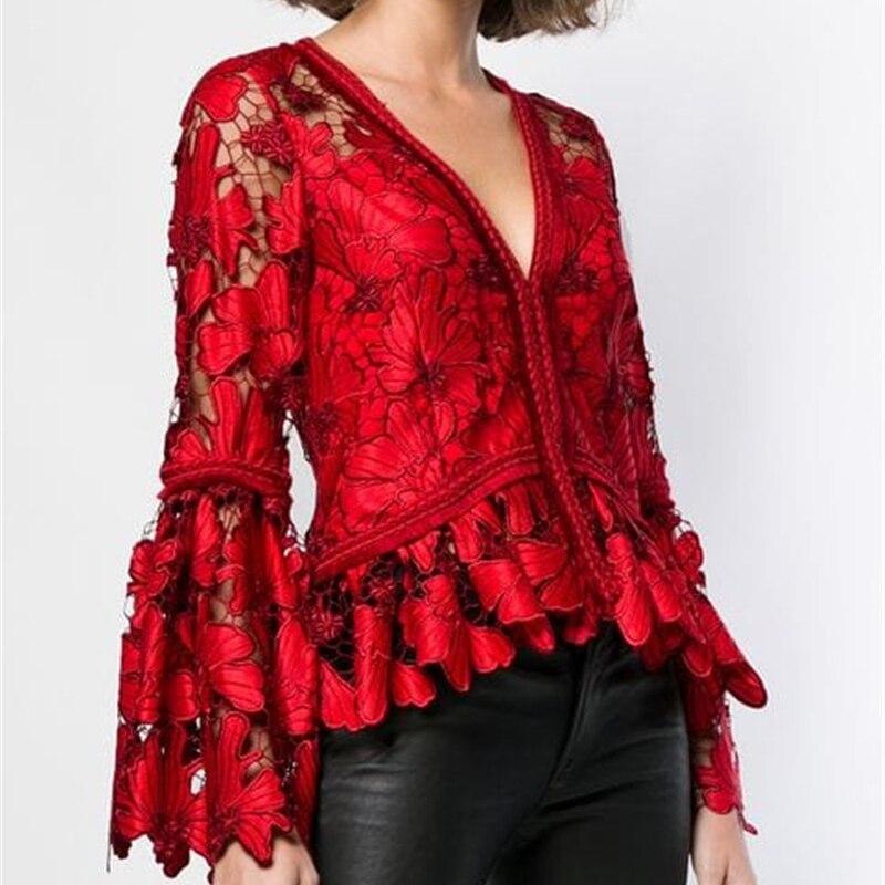 Femmes vêtements 2019 mode tempérament dentelle chemise ajouré col en v trompette manches longues Sexy chemise rouge