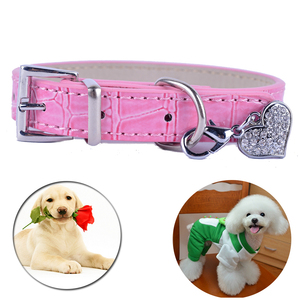 КРОК кожаный ошейники для собак все для собак с Стразы в форме сердца тегов Шарм розовый цвет: черный, синий белый Цвет собака Цепочки и ожер...