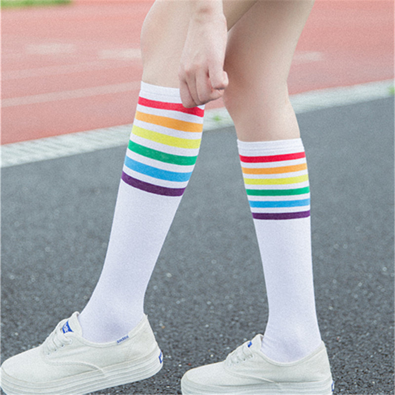 New Arrival Fashion Women Rainbow Striped Pattern Cotton Socks Retro Old School Korean White Black Under The Knee Novelty Cute