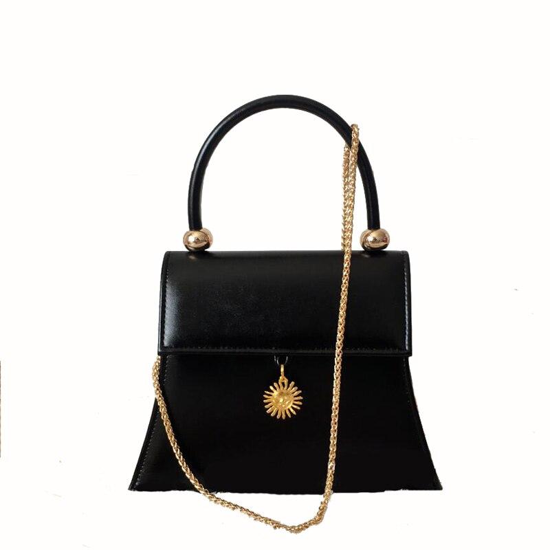 цена Retro female brand design 2017 black Women's PU Leather Shoulder Bag Sun decoration Women Crossbody Bags Handbags For Ladies онлайн в 2017 году