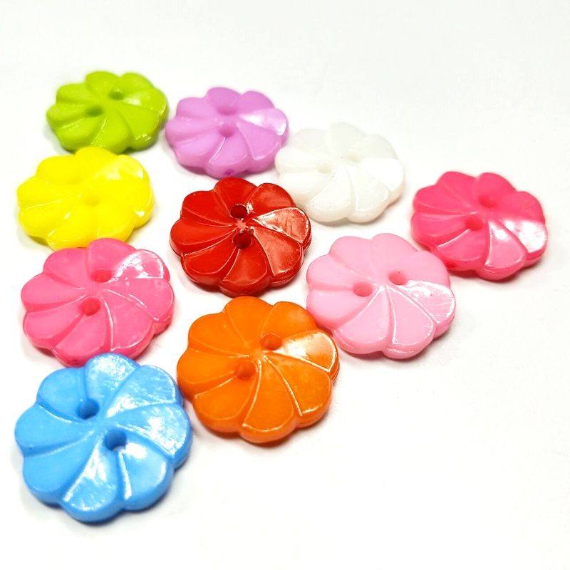 DIY 14mm Assorted Color Mini Heart Shaped Button 2 Holes For Sewing Craft 50Pcs