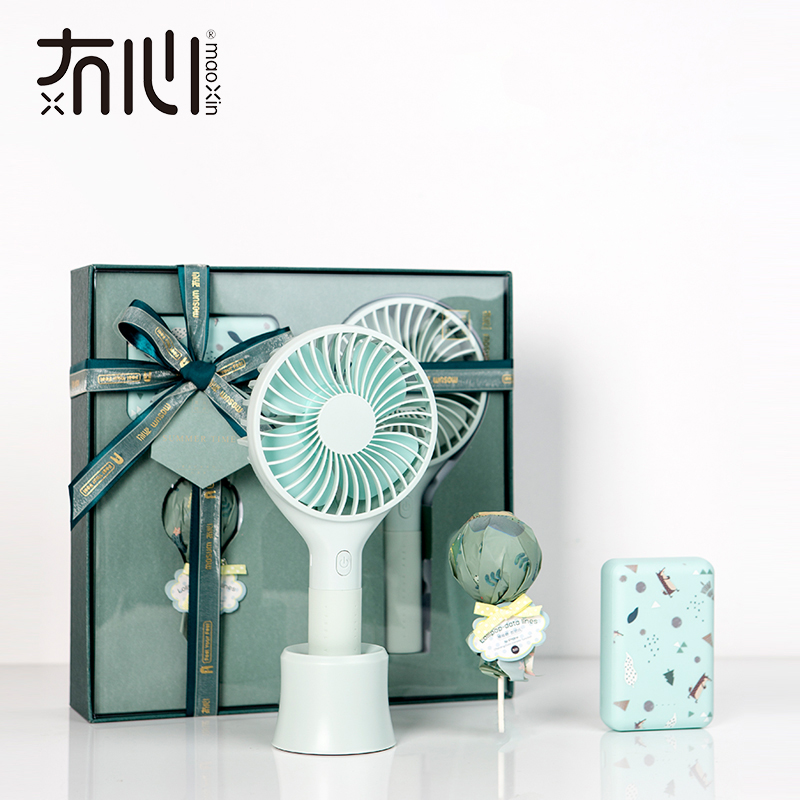 Maoxin phone accessories gift set with mini 10000mah power bank lollipop and micro usb cable handheld usb fan mothers day gifts