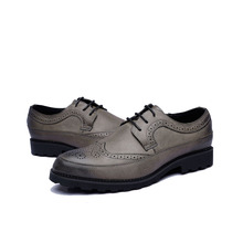 2018 Male Luxury Leather Brogue Men Shoes Casual British Style Men Oxfords Fashion Brand Dress Shoes For Men Big Size