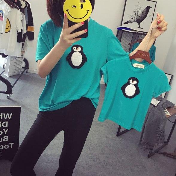 Новый 2016 мода семья пакет комплект отец и сын хлопка футболку одежды матери и ребенка , соответствующего пингвин футболка топы