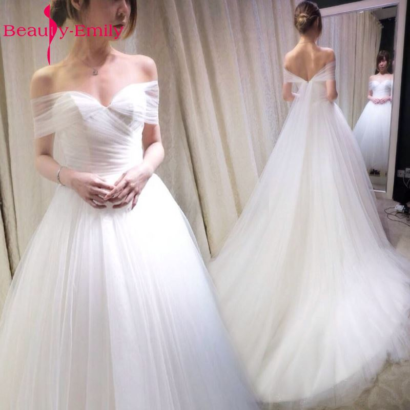 Beauty Emily Pure White Lace Wedding Dresses 2017 Simple Design Sexy Count Train Wedding Party Bridal Dresses Ceremony Dresses