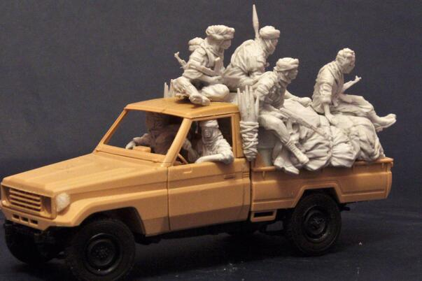 1 35 Resin Kits 7pcs Terrorist with Package 1 set no include trucks