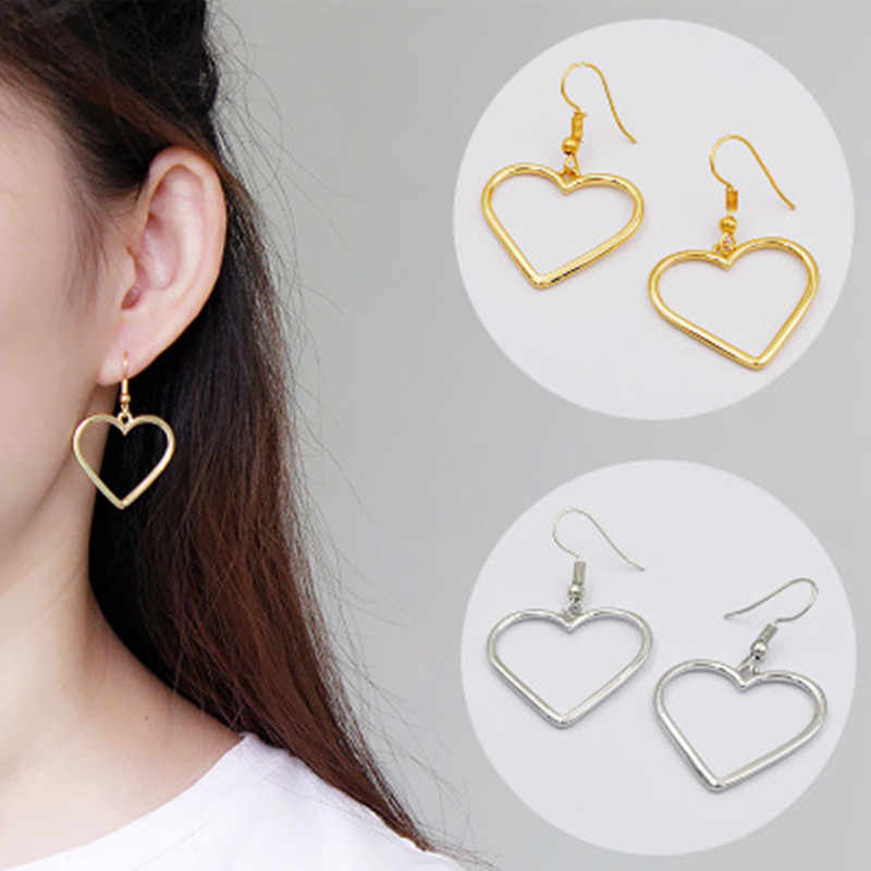 New Hollow Geometric Earrings Heart Sweet Gold Earrings Ladies Gifts Jewelry Wholesale Fast Delivery Pendant Earring Women