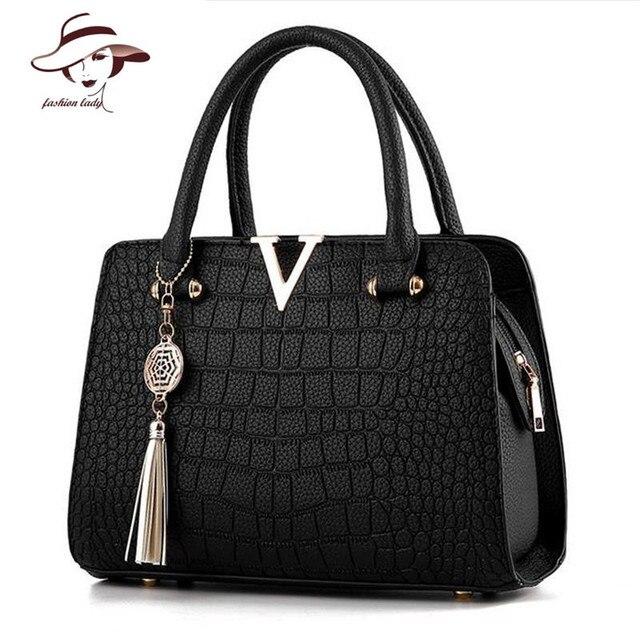 3f3efd4997be2 Krokodil Leder Frauen Tasche V Anhänger Designer Handtasche Luxus Qualität  Dame Schulter Crossbody Taschen Fransen Female