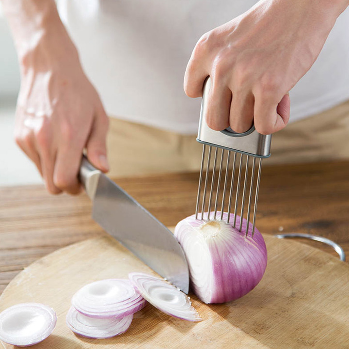 Stainless Steel Onion Holder Slicer Choping Tomato Cucumber Vegetable Salad Tool