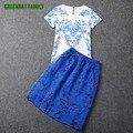 Лето Элегантный Женщины Из Двух Частей Топ набор Фарфор Печати Белый рубашка С Коротким Рукавом Блузка Синий Органзы Юбка костюмы Повелительницы набор