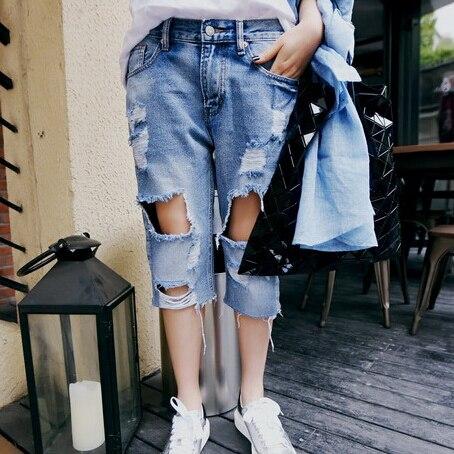 Korean low waist straight female fifth hole light colored denim jeans women fashion summer