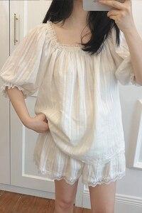 Image 2 - Śliczne damskie zestawy piżam Lolita bawełniane bluzki z falbanką + spodenki. Zestaw piżam koronkowych damskich dziewczęcych. Wiktoriańska bielizna nocna Loungewear