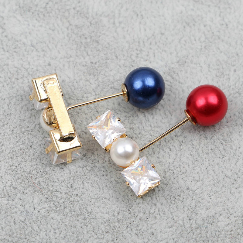 pins or pearl broochs Vintage Style pearl brooch Wedding Accessories scarf pins clips Explosion-proof and anti-smoothing brooch