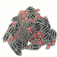 100pcs 7.0*2.5cm Lipsticks Embroidered Patches Iron on Cartoon Motif DIY Applique Embroidery Patch Accessory