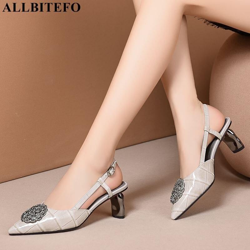 Ayakk.'ten Yüksek Topuklular'de ALLBITEFO moda marka metal süsler tam hakiki deri yüksek topuklu ofis bayan ayakkabı yaz plaj sandaletleri kadın sandalet'da  Grup 2