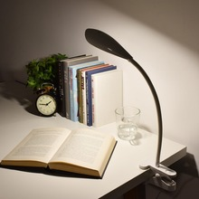 Clip On Book Light Dimmable Eye care LED Desk Lamp Flexible Gooseneck 3 level Dimmer Battery
