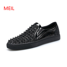 Brand Patent Leather Men Loafers Black Diamond Rhinestones Spikes Elevator Shoes Casual Flats Sneakers Wholesale