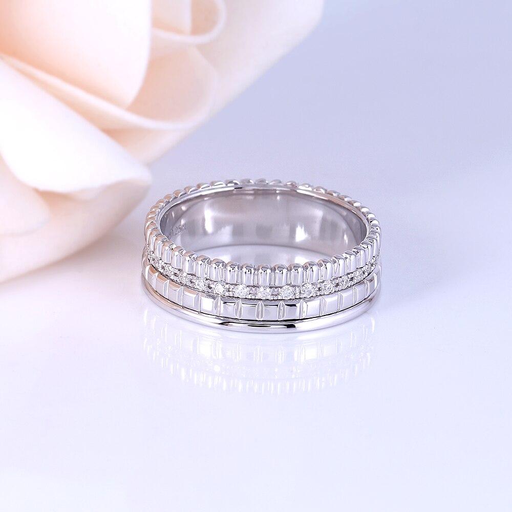 Transgems 18K สีขาวทอง 1.2 มม.F สี Moissanite งานแต่งงานสำหรับผู้หญิงวงกว้าง 6 มม.เครื่องประดับครบรอบของขวัญ-ใน ห่วง จาก อัญมณีและเครื่องประดับ บน   3