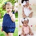 Macacão de Bebê Das Meninas do miúdo do Verão Sólida Rendas Tiras Jumpsuit Playsuit Floral Sem Mangas Traje Do Bebê Roupas Casuais