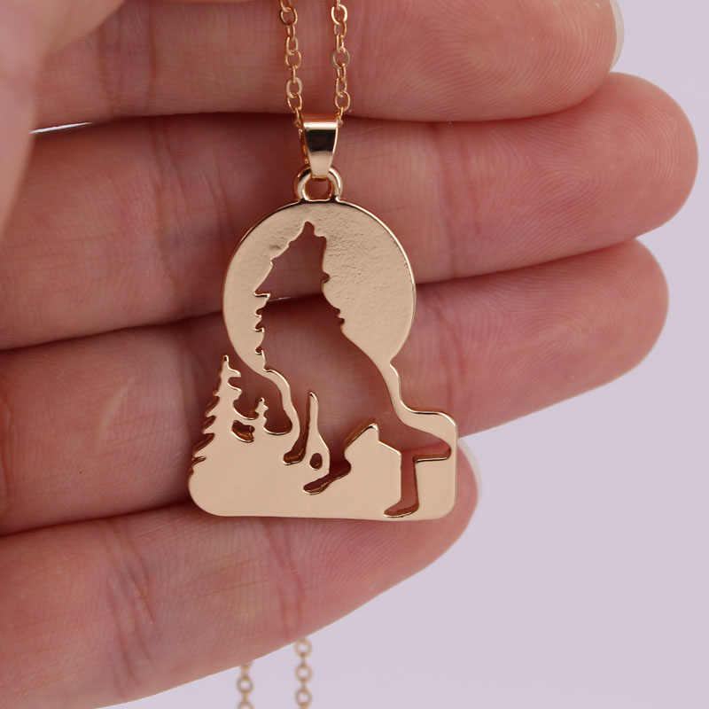 hzew hot sale Growling wolf in Grass pendant necklace wolf necklaces
